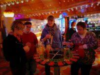 Gruppenfoto im Casino velden